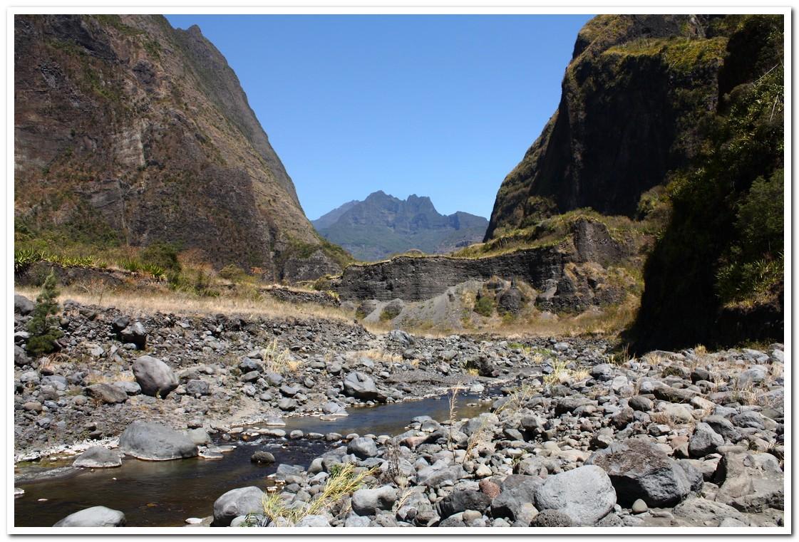 Mafate blog du talmondais - Galet de riviere ...