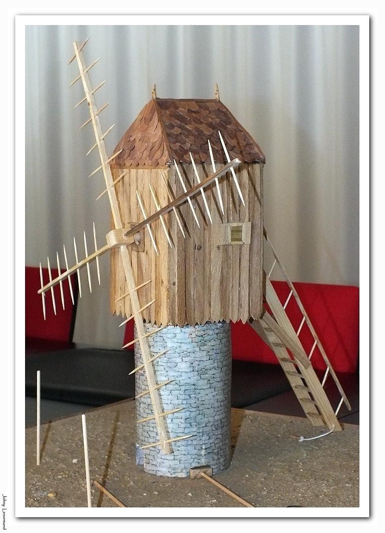 Maquette du moulin à pivot des Hautes Mers à Talmont saint Hilaire