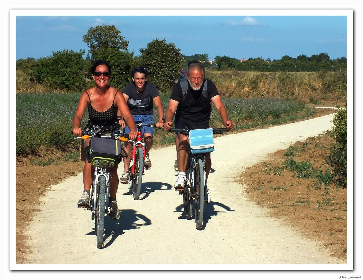 Piste cyclable et pédestre Bourgenay - La Guittière