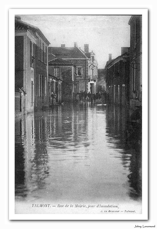 inondation rue de la mairie début du XXème siècle