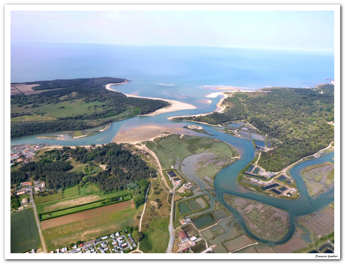 Port de la Guiitière à Talmont Saint Hilaire