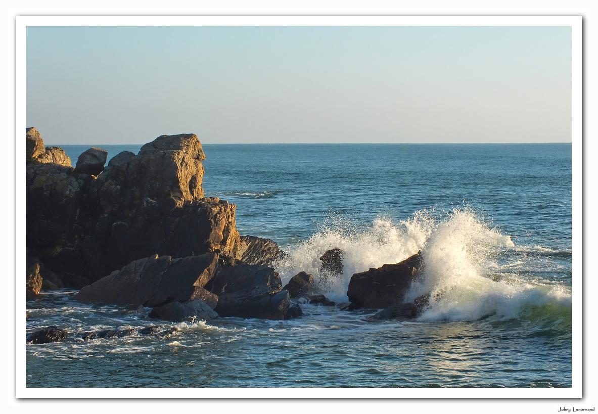 Côte rocheuse à Talmont Saint Hilaire (Vendée)