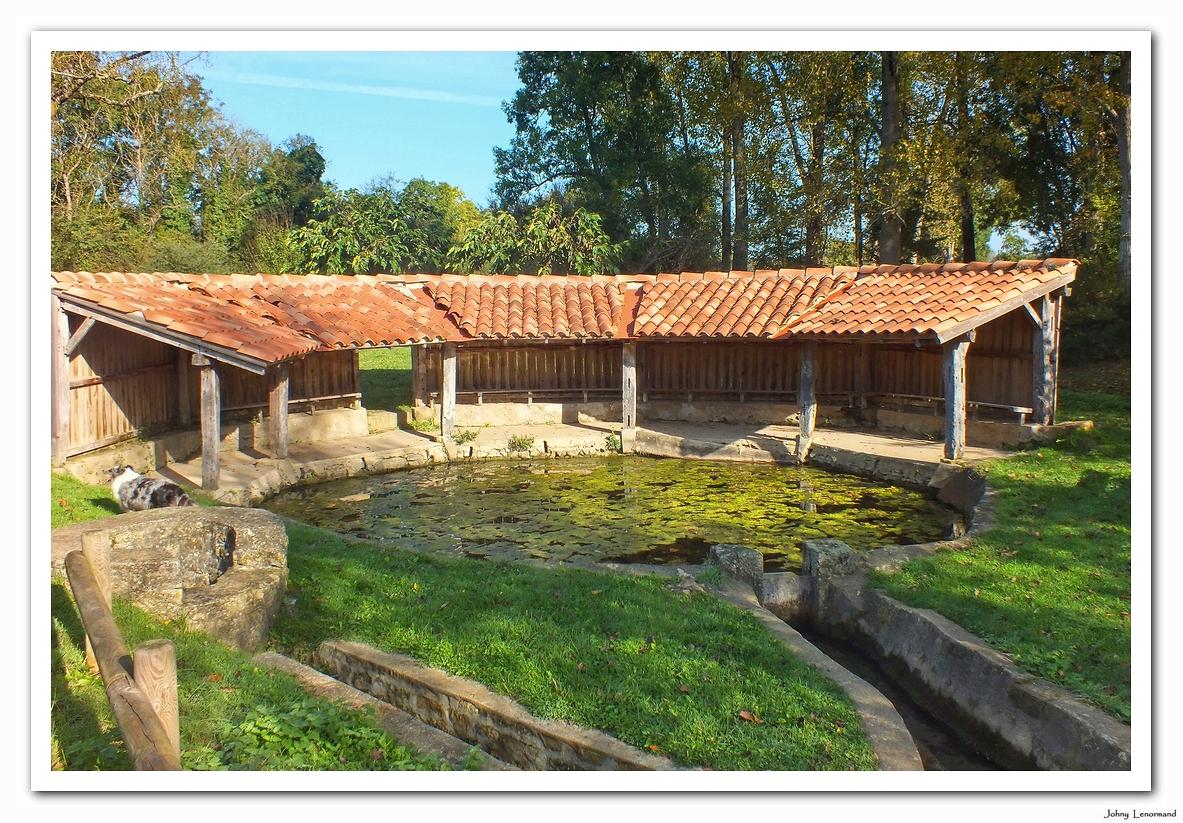 Lavoir de Courolle à Saint Hilaire la Forêt