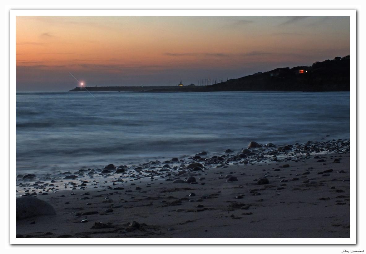 Jeu de lumières sur l'océan à Talmont Saint Hilaire