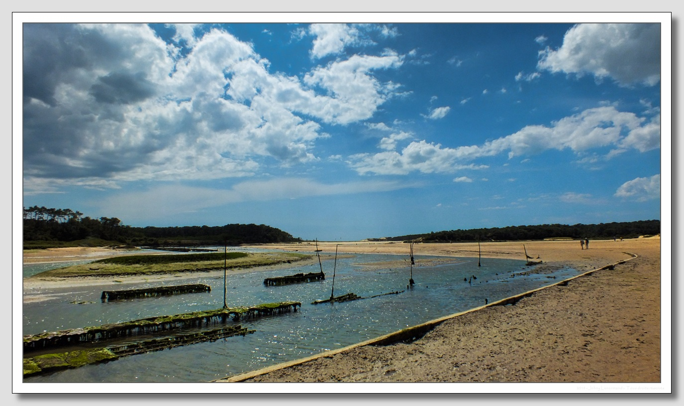 Vue sur l'estuaire du Payré au Port de la Guittière à Talmont Saint Hilaire (Vendée)