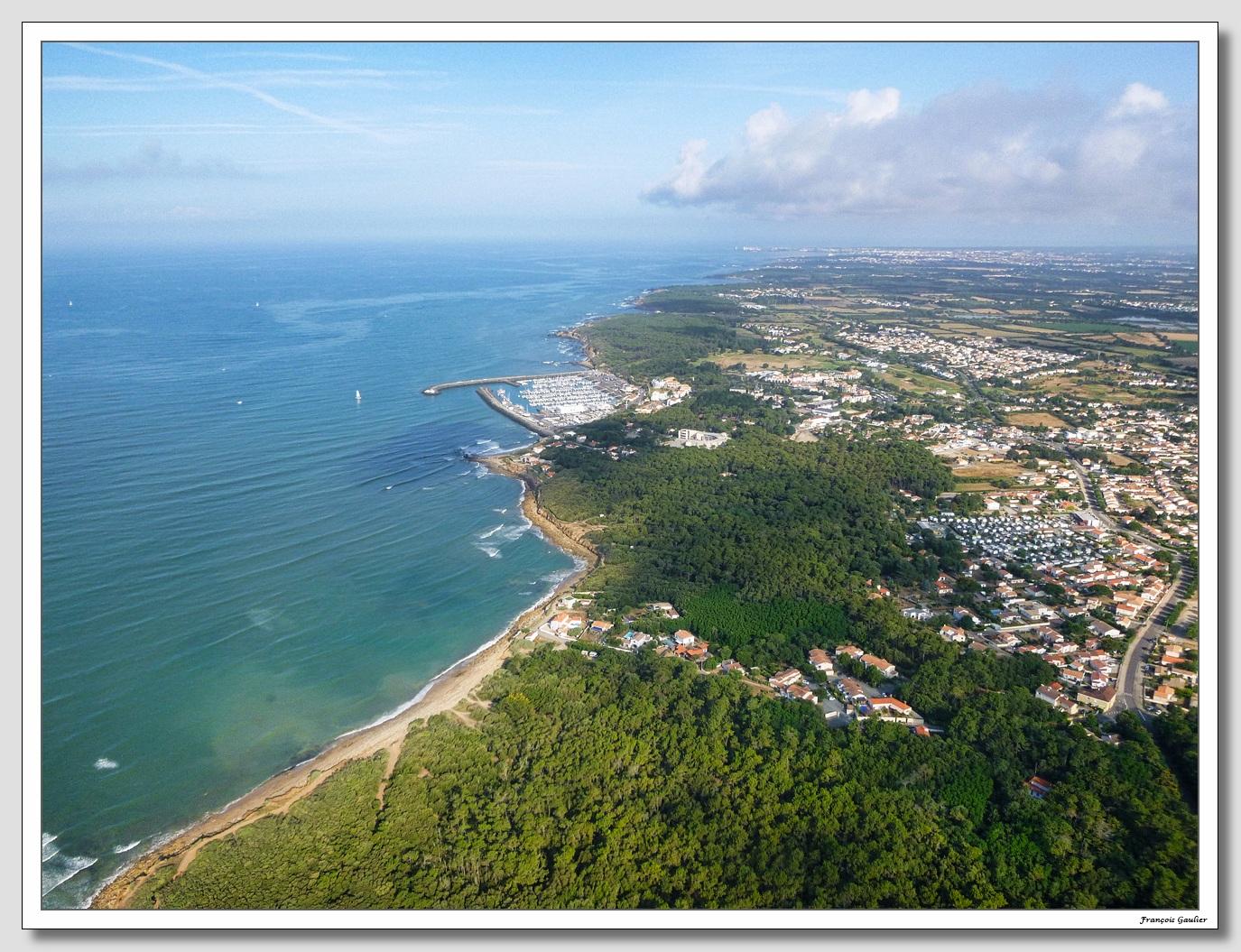 La côte à Talmont Saint Hilaire (Vendée)
