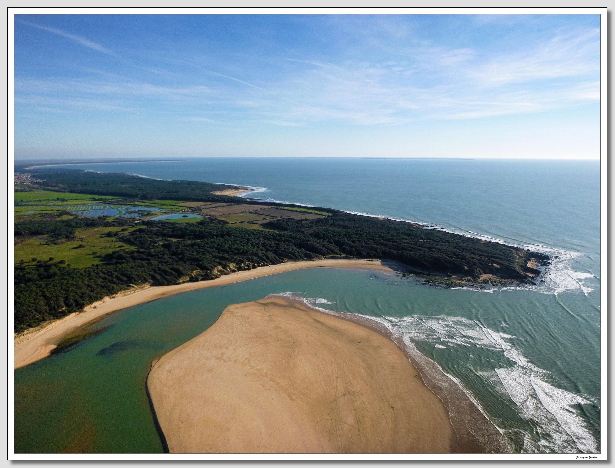 Sud ouest de Talmont Saint Hilaire vu du ciel (Vendée)
