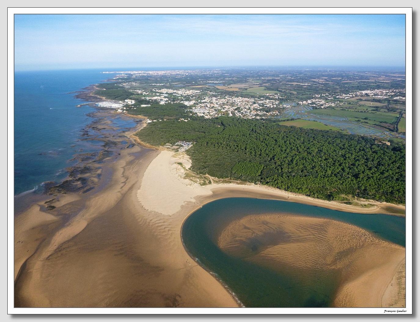 Le littoral talmondais vu des airs