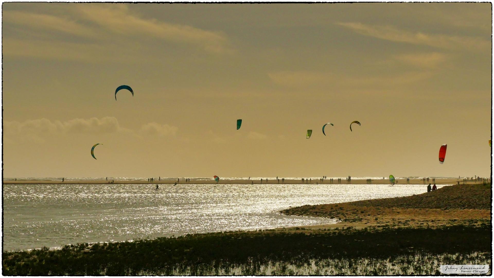 Kite-surf sur le Payré à Talmont Saint Hilaire, Vendée